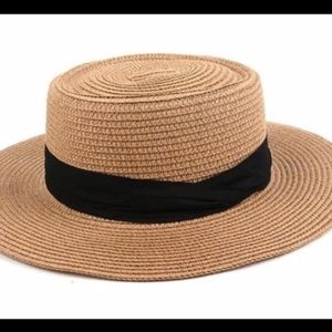 NWT Round Boater Straw Hat